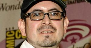 Eddie Berganza es despedido de DC Cómics por abuso sexual.