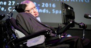 Stephen Hawking cree que la Tierra sera inhabitable en 600 años