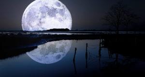 10 datos interesantes sobre la luna de la Tierra.