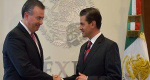 Nuevo gobernador del Banco de México da certidumbre al ambiente dada su basta experiencia y su destacada labor en sector púbico, dicen especialistas.