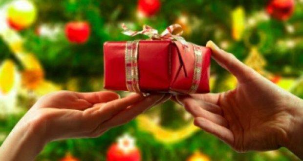 Regalos navideños para intercambios en la oficina: ideas para hombres