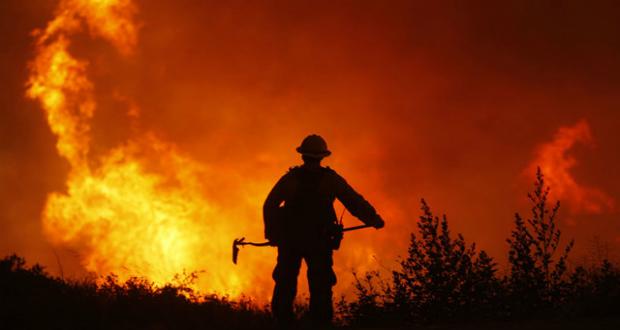 Presentan el recuento de los daños provocados por los incendios forestales en California