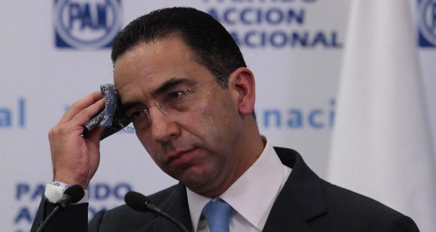 """La RAE corrige """"impecable"""" ortografía del senador Javier Lozano"""