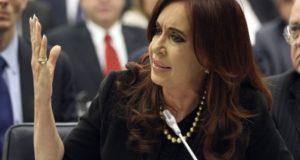 Cristina Fernández dice que orden de detención viola Estado de derecho