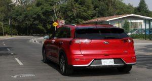 La revolución tecnológica que Kia pretende poner en todos su autos que incluyen conectividad, mayor autonomía y rendimiento, los cuales podrá disfrutar la mayoría de las personas en sus viajes diarios.