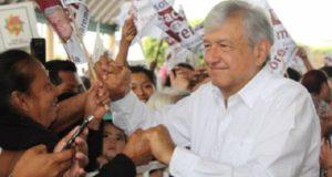 Andrés Manuel López Obrador en mitin electoral