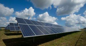 Abdul Latif Jameel Energy llega a México para producir energía solar y construirá una planta en el estado de San Luis Potosí.