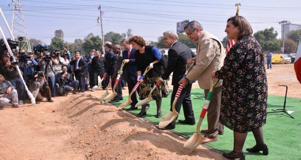 EU inicia la construcción de su nueva embajada en México