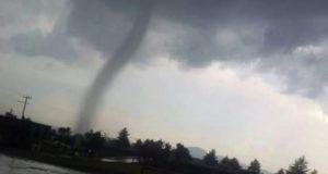 Impresionante tornado afecta 50 viviendas en el Estado de México
