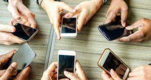 Advierten que los smartphones serán la tecnología más contaminante en el año 2040