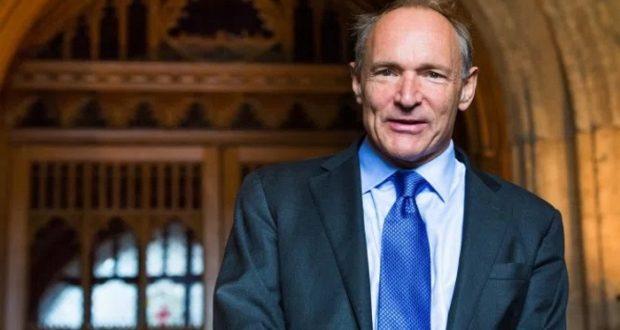 """Tim Berners-Lee, uno de los creadores de la Web, asegura que la misma se encuentra """"bajo amenaza"""""""
