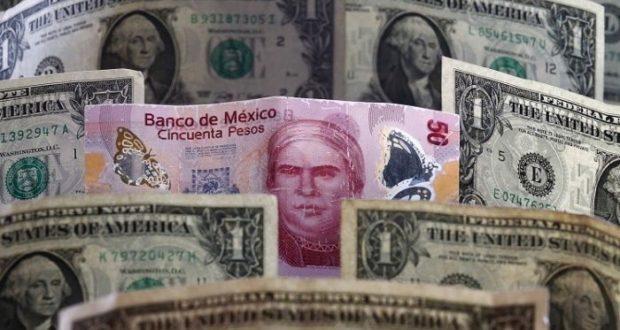 El tipo de cambio tendrá fluctuaciones y el peso se debilitará ante el dólar.