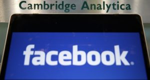 Facebook notificará a usuarios afectados por Cambridge Analytica
