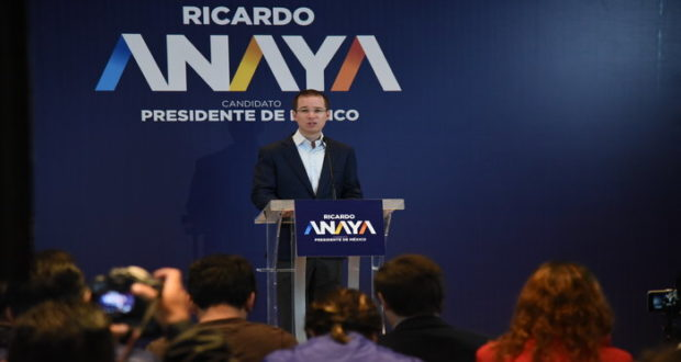 En conferencia de prensa, el candidato a la Presidencia habló sobre los problemas de corrupción que se sufren en el país y dio a conocer su proyecto para reducirla.