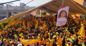 A ritmo de cumbia Alejandra Barrales busca más simpatizantes y la candidata de la coalición Por la CDMX al Frente, espera que esta canción ponga a bailar a los capitalinos y sea la clave para atraer a más votantes a su favor.