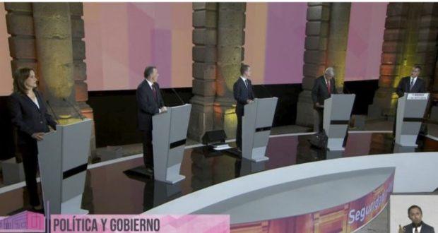 """Sector patronal aplaude propuestas anticorrupción en debate presidencial además de considerar que eventos de este tipo son una muestra de que la """"democracia mexicana esté madurando""""."""