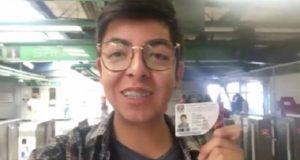 #UniversitariosConAMLO: respuesta a sondeo de Reforma se vuelve viral