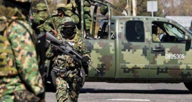 militares actuando