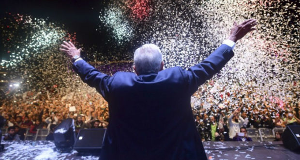 Festejo de López Obrador.