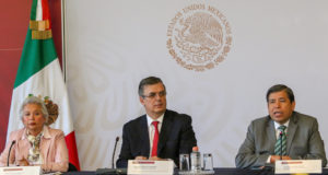 Olga Sánchez Cordero, secretaria de Gobernación, y Marcelo Ebrard, Secretario de Relaciones Exteriores