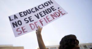 Manifestación de maestros contra reforma educacitva