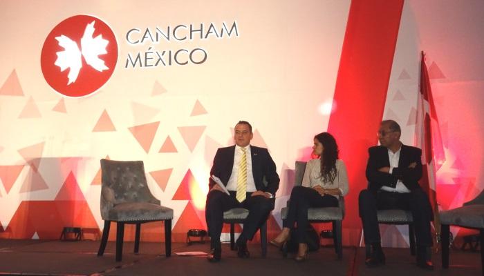 """Panel """"Jóvenes Construyendo el Futuro"""" CanCham Day 2019"""