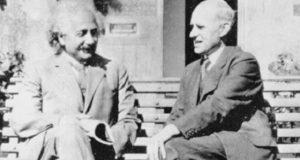 Einstein y Eddington