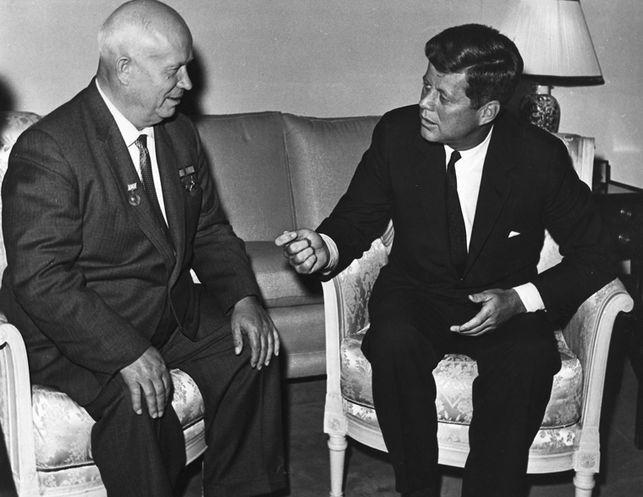 Kennedy con Kruschev
