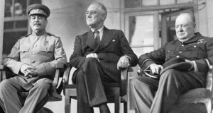 churchill con roosevelt y stalin
