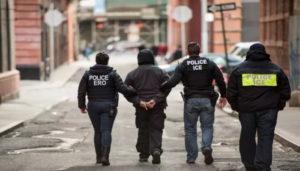 EUA_Police_Ice