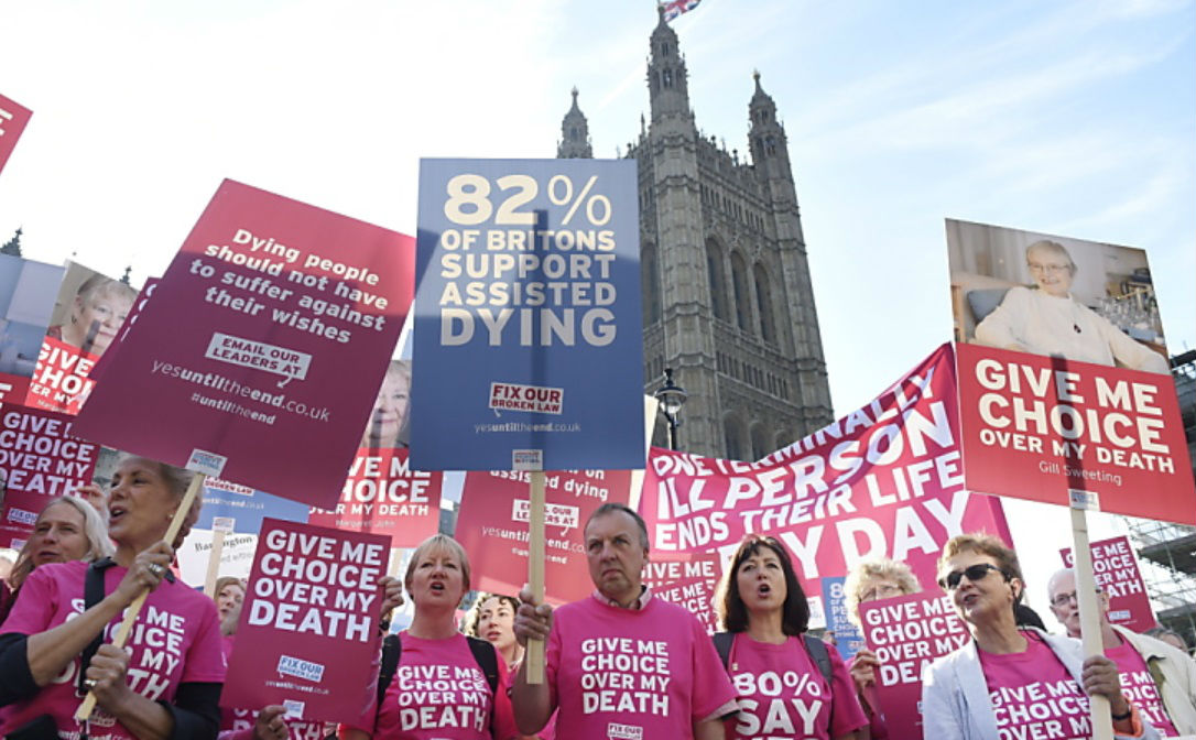 Apoyo a la muerte asistida.