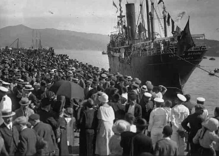 Barco de exiliados.