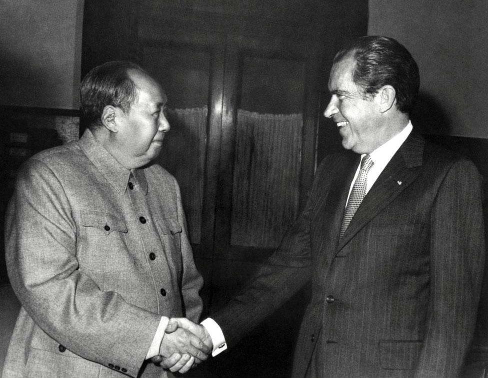 Mao Tse-tsung y Richard Nixon.