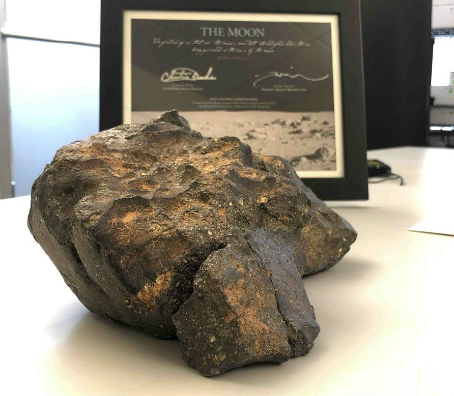 Roca Lunar.