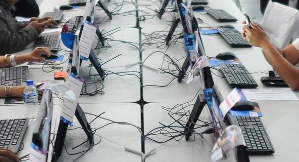 computadoras en escuelas