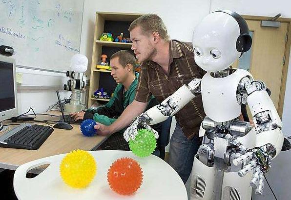 Robot aprendiendo.