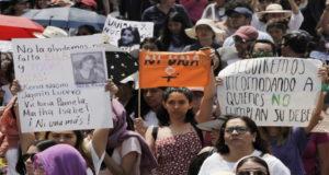 violencia contra mujeres _marcha