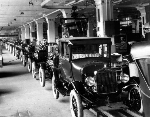 Autos Ford.