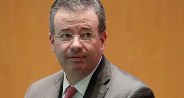 gobernador del Banco de México (Banxico), Alejandro Díaz de León,