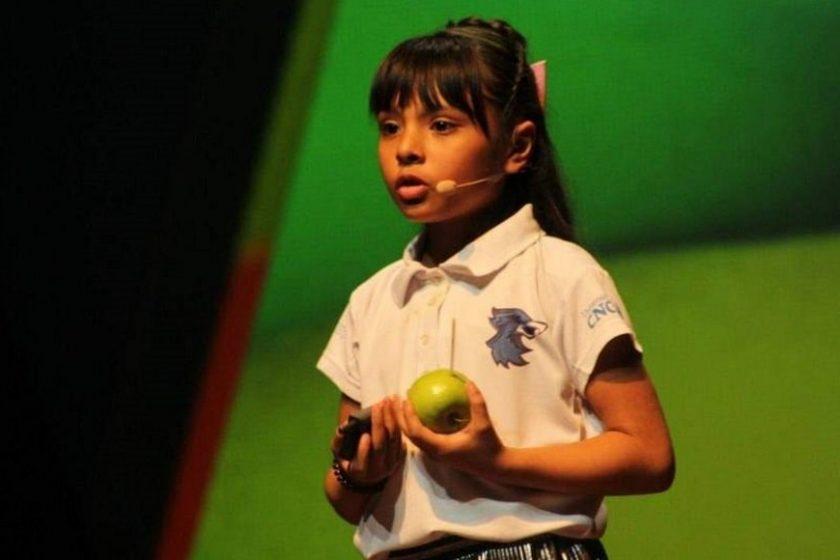 Adhara Pérez niña mexicana tiene más alto IQ que Einstein