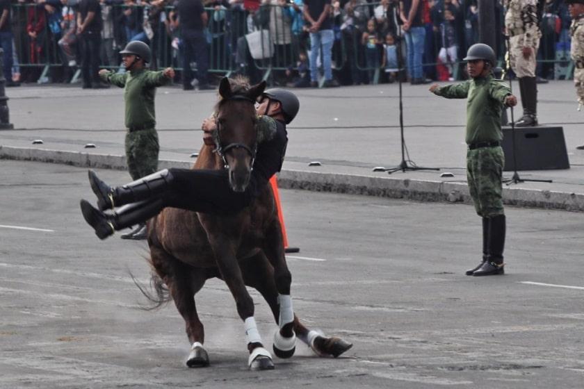 desfile_jinete