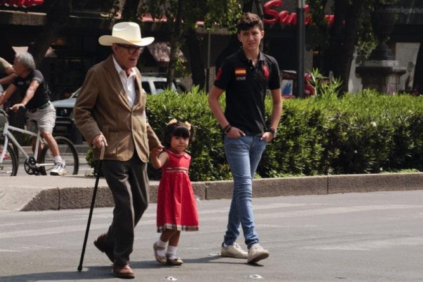 Abuelos_Nietos
