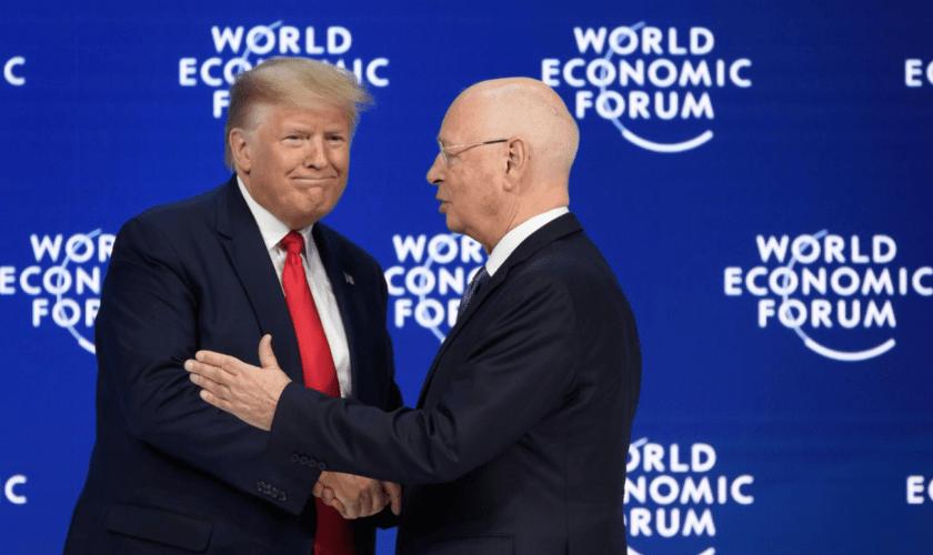 Donald Trump con Klaus Martin Schwab