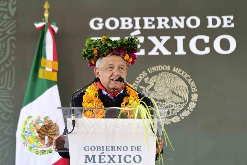 Andrés Manuel López Obrador visitó pueblos indígenas
