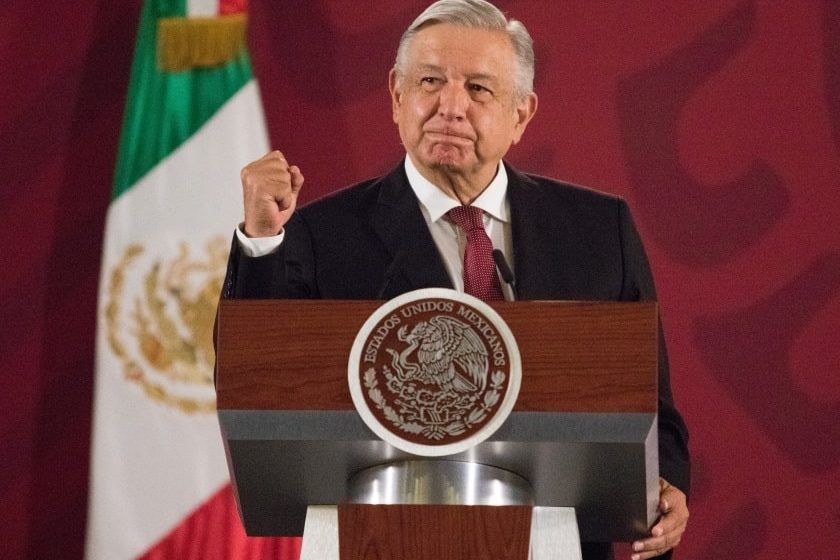 Andrés Manuel López Obrador en su primera mañanera del 2020