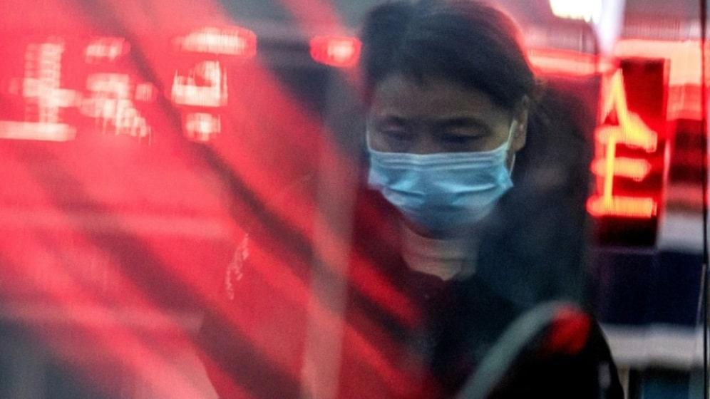 China busca evitar contagios de coronavirus en vísperas de Año Nuevo Chino