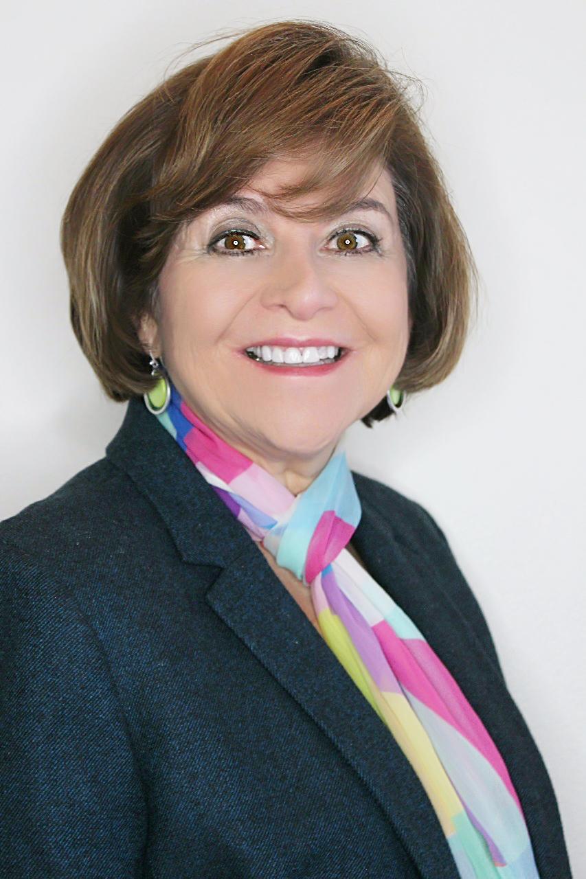 Gina Zabludovsky