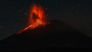Impactante explosión del volcán Popocatépetl