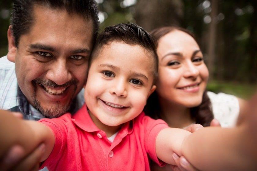 Mexicanos podrán elegir el orden de los apellidos de sus hijos