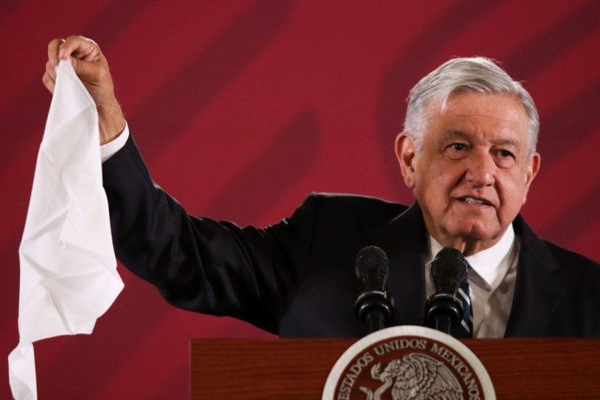 López Obrador se empeña en rescatar a Pemex